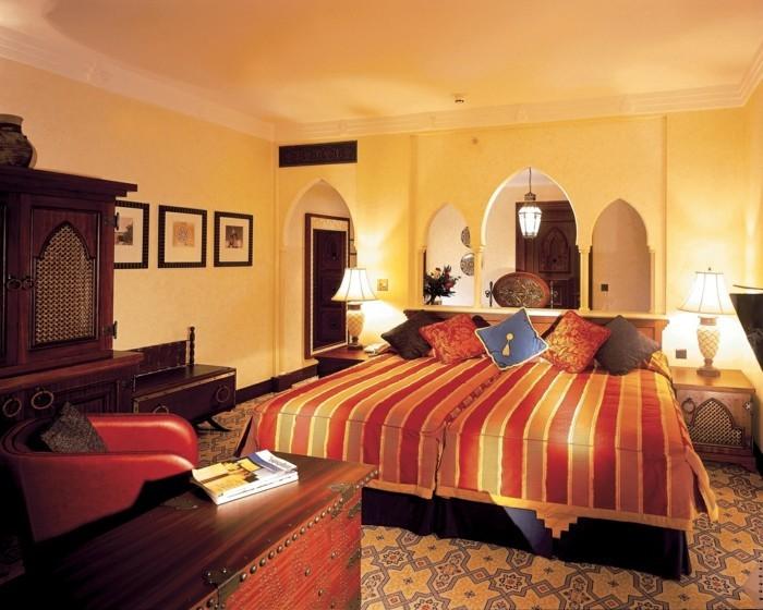 Wohneinrichtung Ideen Schlafzimmer Streifen Teppichboden Muster