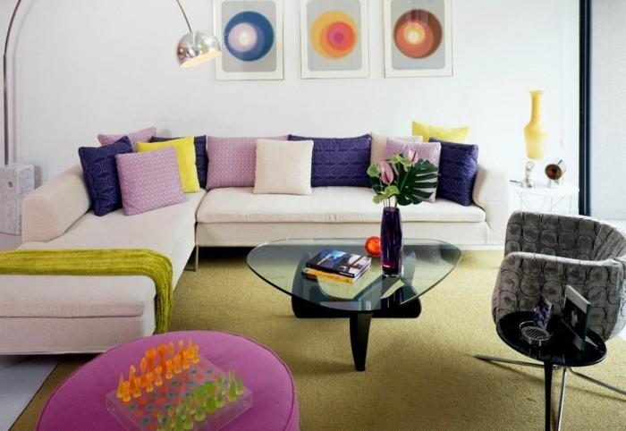 wohneinrichtung ideen wohnideen wohnzimmer retro stil grüner teppich dekokissen