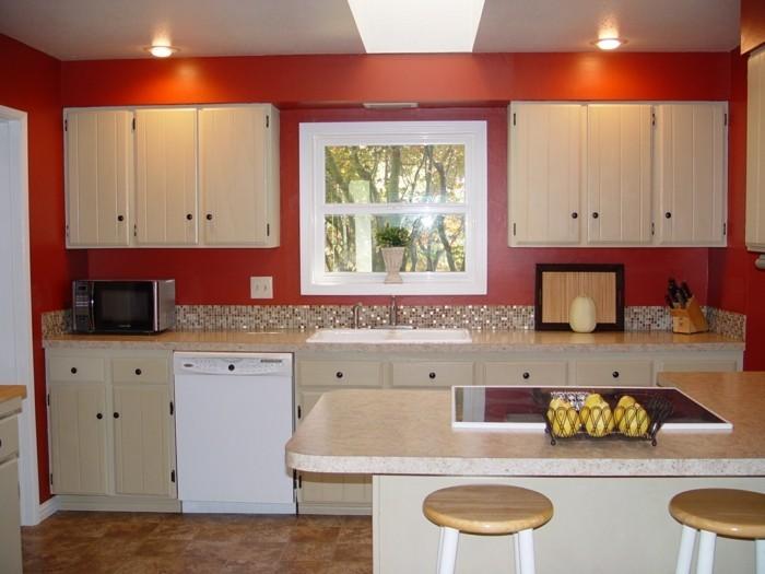 wohnideen küche rote wandfarbe bodenfliesen