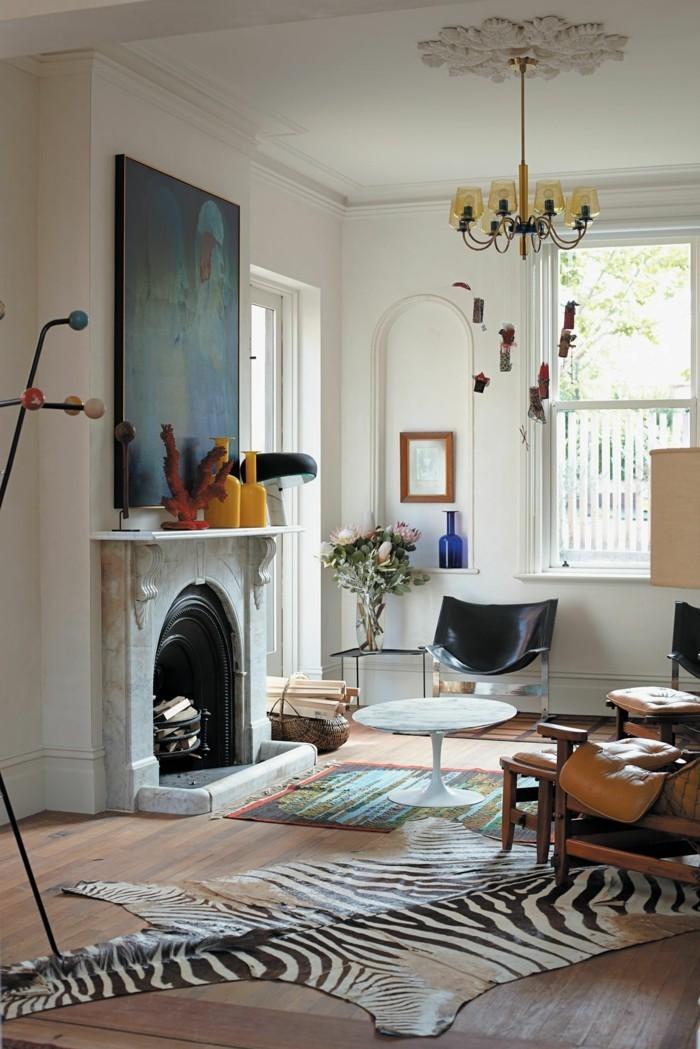 Wohnung Einrichten Ideen Wohnzimmer Zebra Teppich Kamin Eklektisch