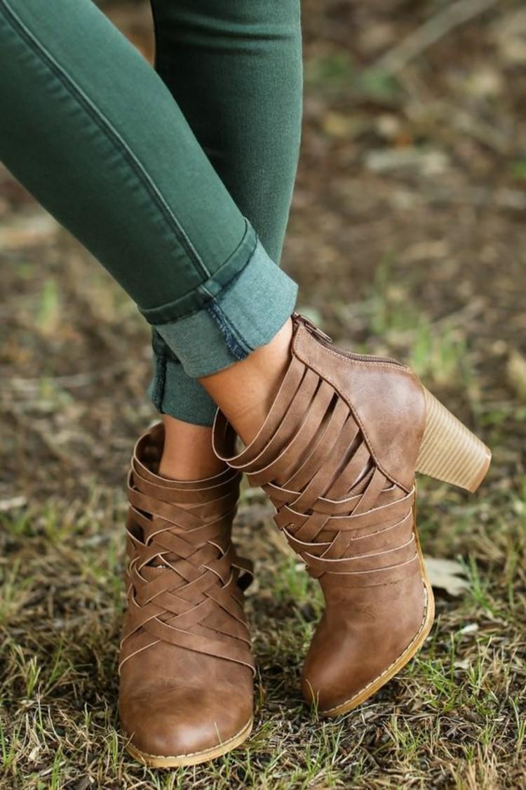 damen herbstmode modetrends herbstschuehe jeans grun