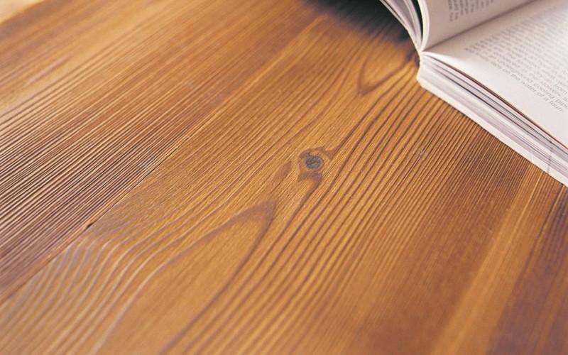 lärchenholz vorteile holztisch platte