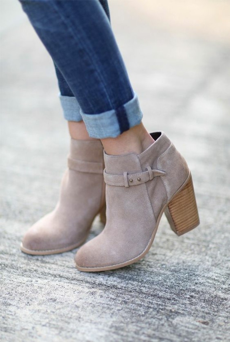 stiefelletten damen herbstmode jeanshose modetrends