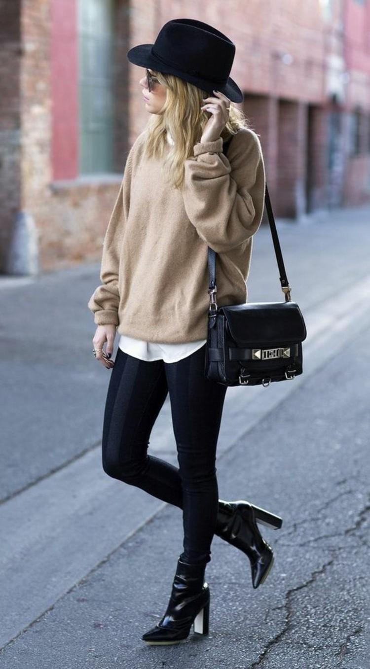 6dfb6ff8238040 ... jeans modetrends stiefelletten damenmantel schall herbstmode modetrends  stiefelletten damenpullover beige herbstmode modetrends ...