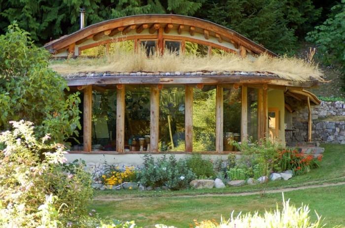 ökohaus holzhaus natursteine dachbegrünung