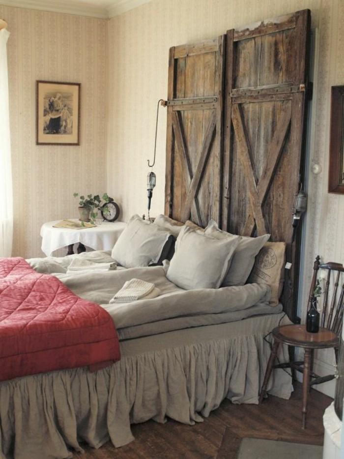 gestaltung schlafzimmer kopfbrettholz rustkaler look gemütlich