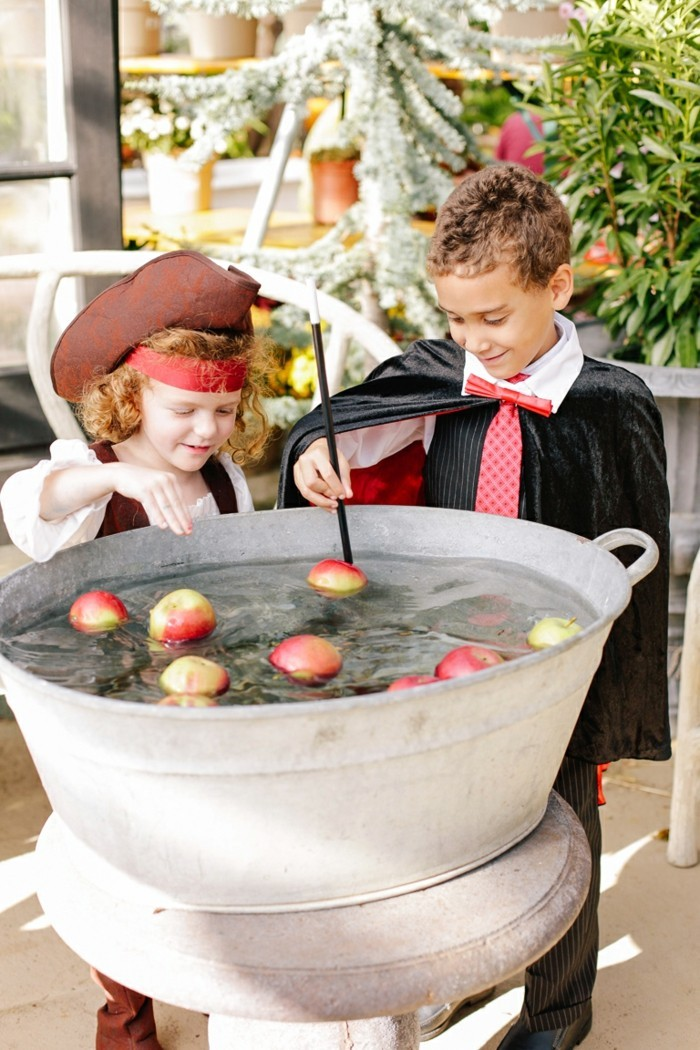 halloween ideen kinder spiele kinderkostüme