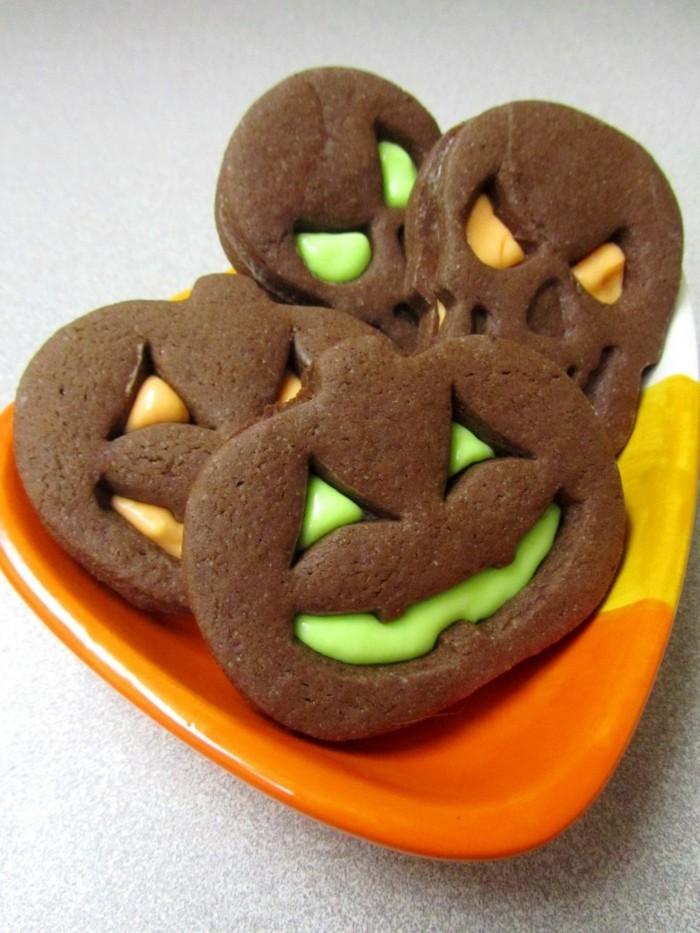 halloween ideen lustige kekse gruselige kürbisse