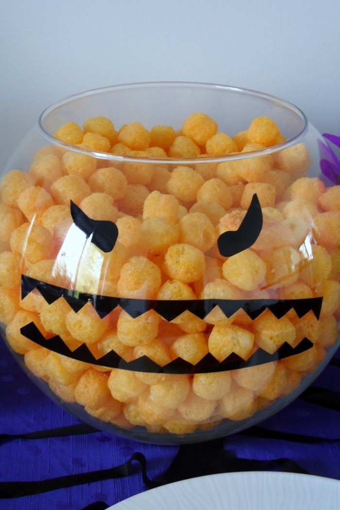 halloween ideen schüssel dekorieren festlicher tisch