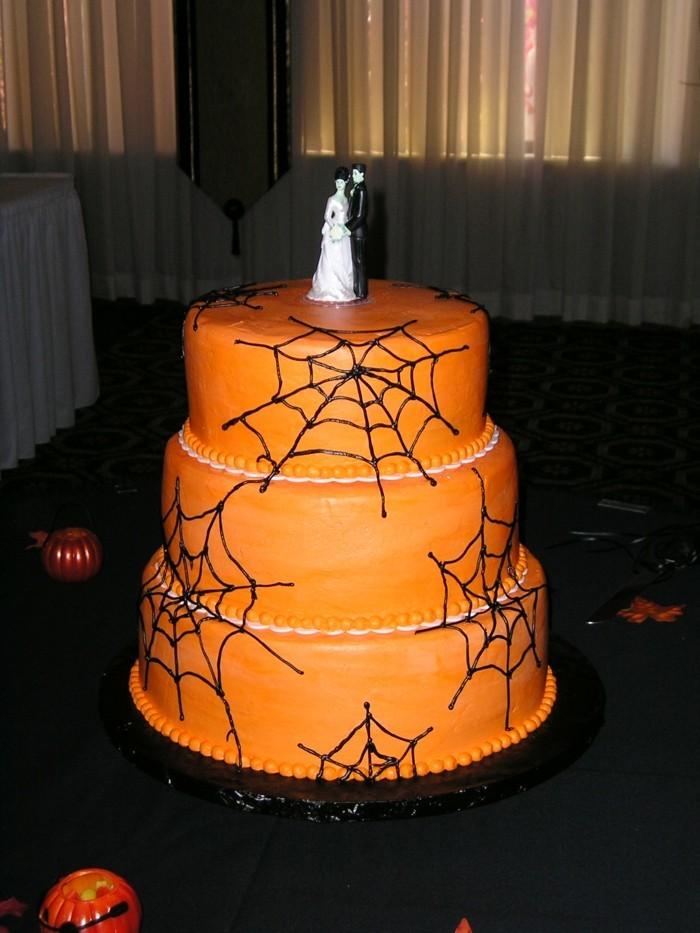 halloween ideen torte spinnennetzen liebespaar
