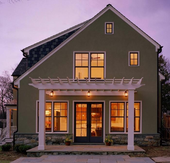 Hausrenovierung Einfamilienhaus Weise Holzpergola