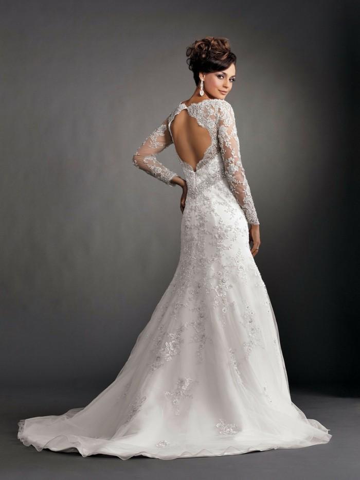 """Hochzeitskleid auswählen – """"Blüten"""" und andere zärtliche ..."""