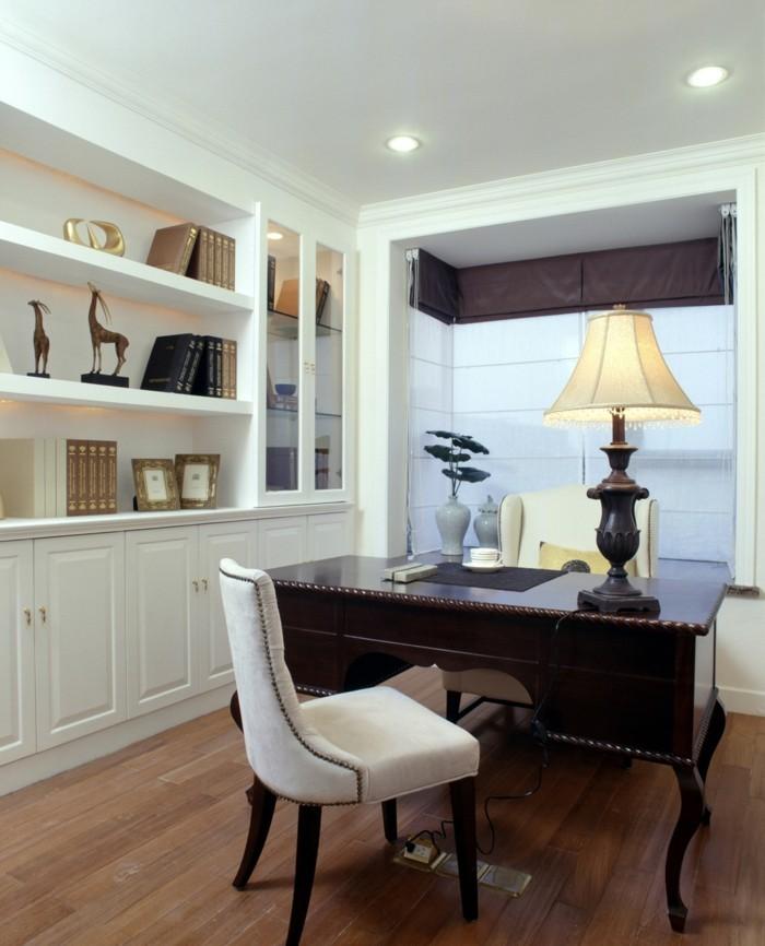 moderne inneneinrichtung stilvoll home office raffrollo offene regale