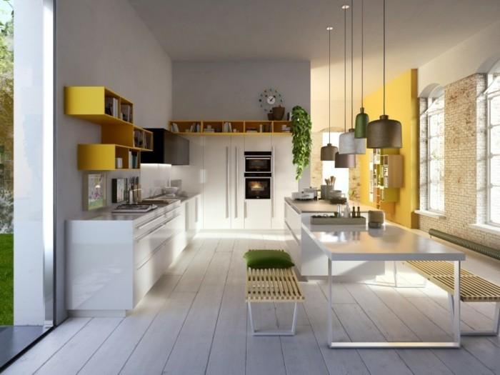 küchengestaltung moderne kuchenmobel italienisches kuchendesign gelbe oberschranke weiser esstisch