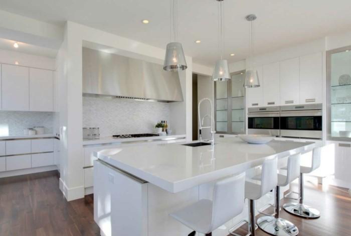 küchenideen weiße kücheneinrichtung hängelampen einbauleuchten