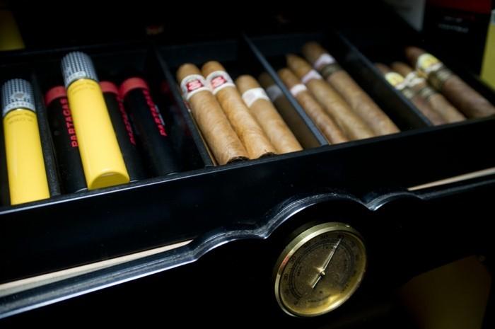 luftbefeuchter test raumklima luftbefeuchtung privatgebrauch zigarrenschranke humidori