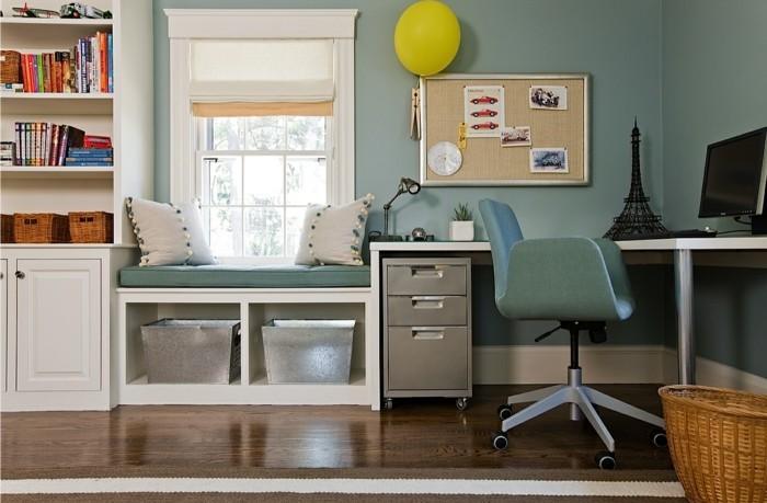moderne inneneinrichtung home office grüne wandfarbe pinnwand aufbewahrungskorb
