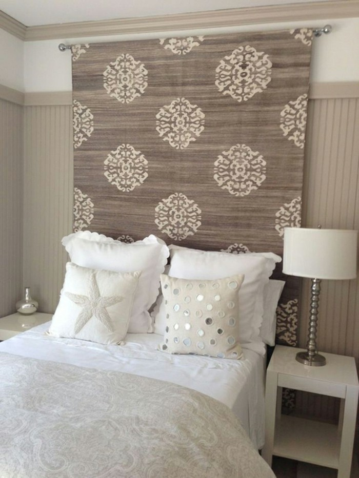 schlafzimmer gestaltung kreative neugestaltung des kopfbrettes l sst das schlafzimmer ganz neu. Black Bedroom Furniture Sets. Home Design Ideas