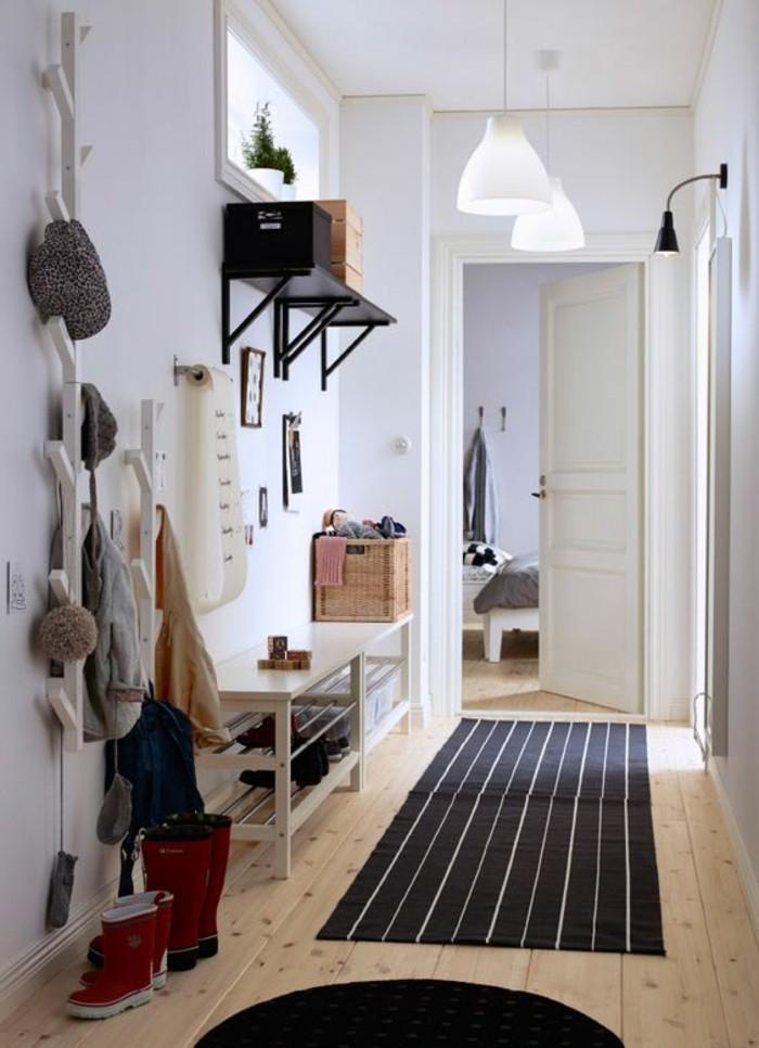 flur gestalten eingangstuer diy garderobe kommode teppichlaeufer