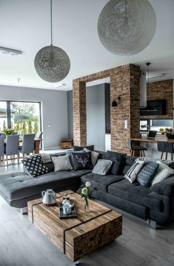 inneneinrichtung ideen wohnideen wohnzimmer graues ecksofa rustikaler couchtisch haengelampen