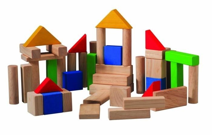 kinderspielzeug holz denkfaehigkeit foerdern sich amuesieren