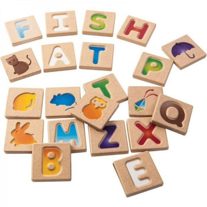 kinderspielzeug holz lernfaehigkeiten entwickeln spass haben