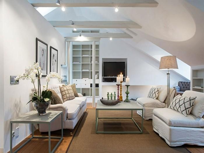 moderne sofas helle wohnzimmermoebel dekokissen orchidee