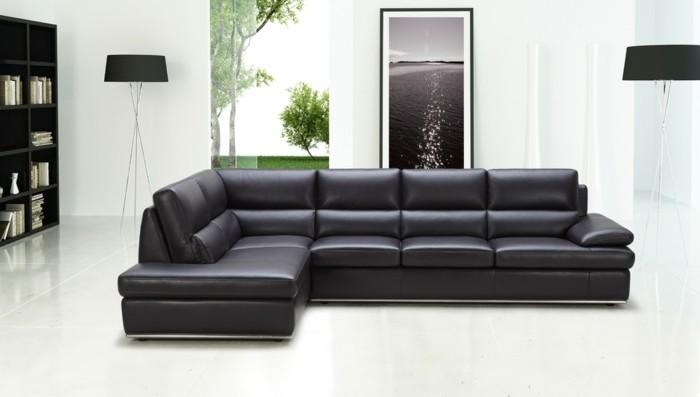 moderne sofas schwarz weisser bodenbelag regalsystem