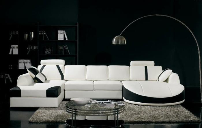 moderne sofas weiss schwarz leder bogenlampe hochflor teppich