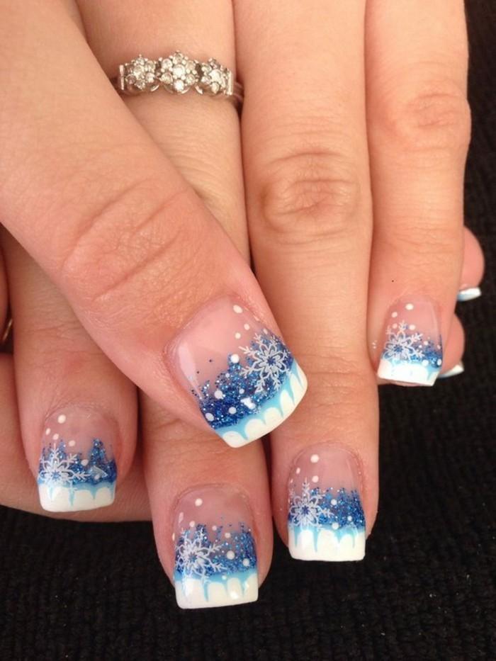 nageldesign weihnachten muster nailart muster schneefloecken blau