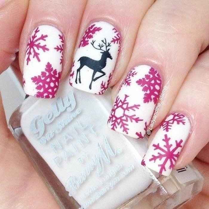 nageldesign weihnachten weihnachtliche naegel muster schneefloecken pink