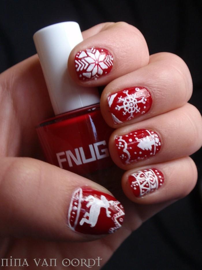 nageldesign weihnachtsmotive weihnachtliche fingernaegel ideen
