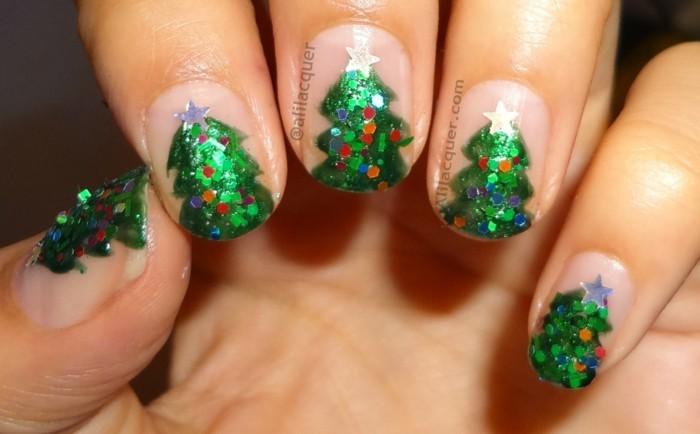 nageldesign winter weihnachtsmotive weihnachtliche fingernaegel baum