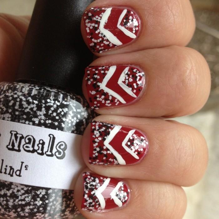 rote nageldesign weihnachtsmotive weihnachtliche fingernaegel muster