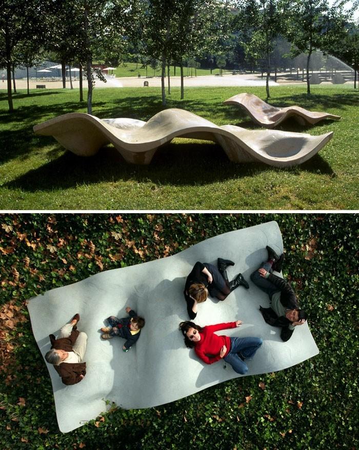 sitzbaenke direkt am meer beeindruckendes design