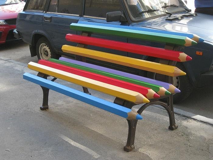 sitzbaenke farbige bleistifte ausgefallenes design