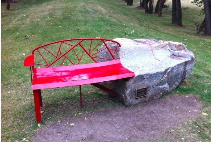 sitzbank ausgefallenes design fels rot calgary kanada
