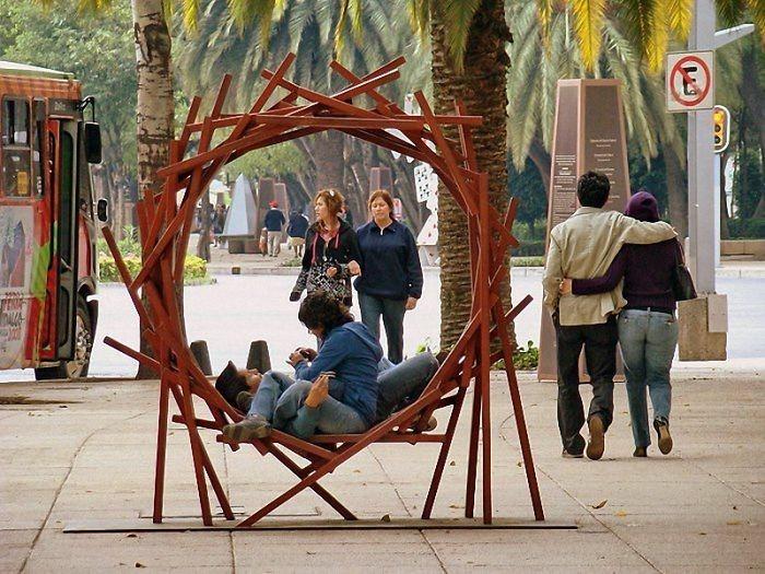 sitzbank nest design ausgefallene stadtbank