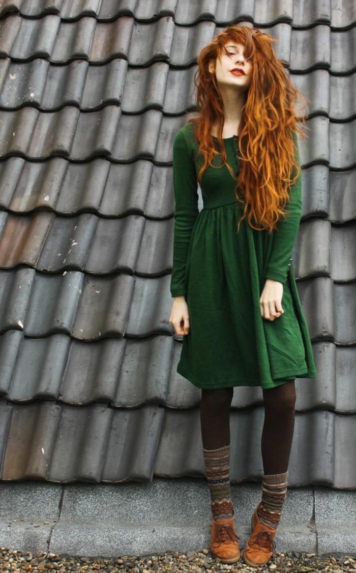 wintermode winterkleider strickkleid trendfarben grun