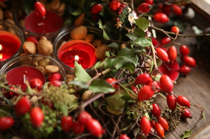 wohnideen esszimmer dekoideen weihnachten rot gruen