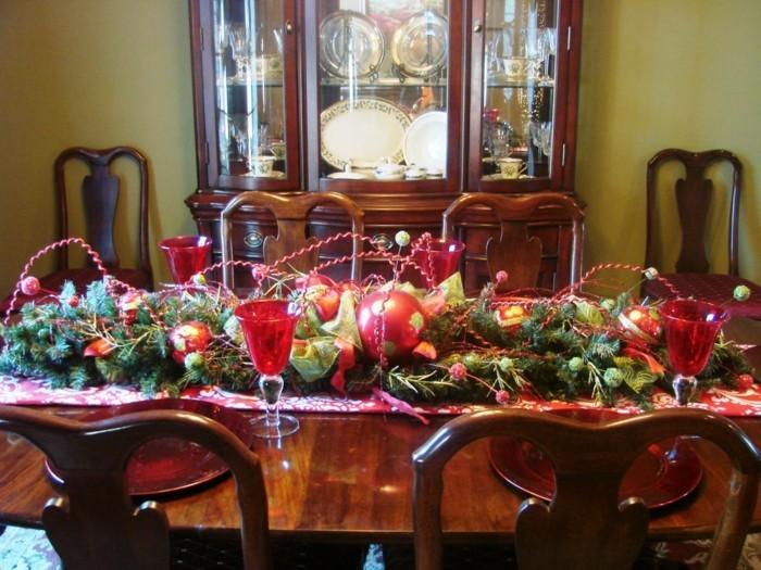 Esszimmer gestalten festliche dekoideen f r das kommende for Christmas lunch table setting ideas