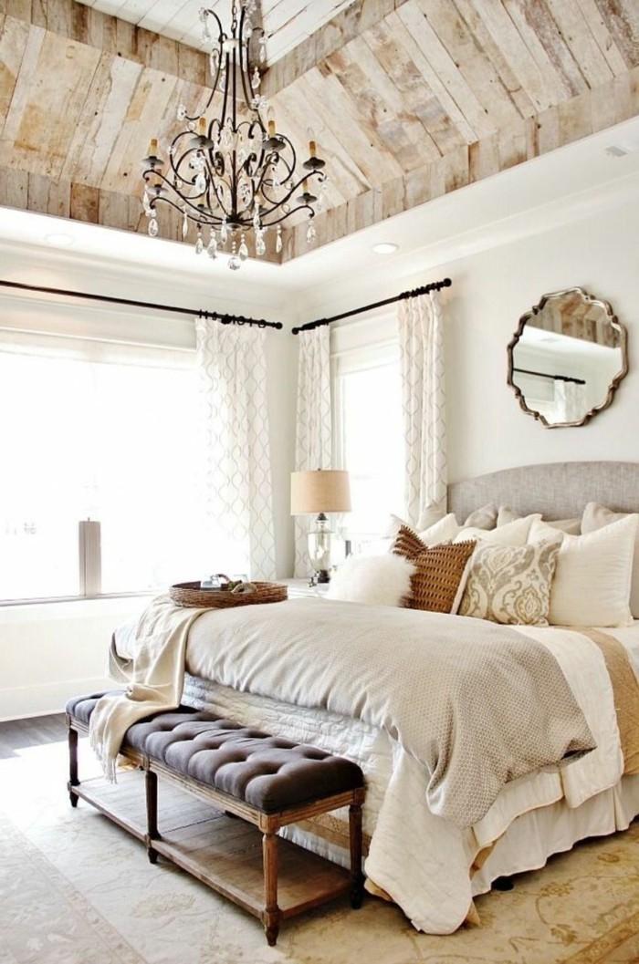 Amazing Wohnideen Schlafzimmer Landhausstil Leuchter Teppich Sitzbank