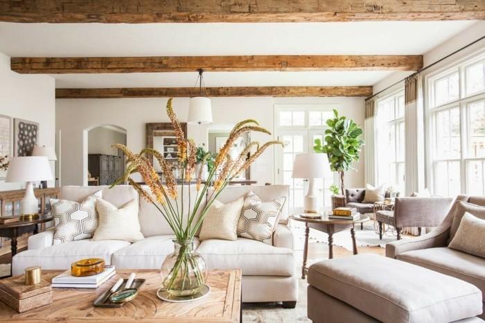 Wohnung Einrichten Modernes Wohnzimmer Helles Mobiliar Holzbalken
