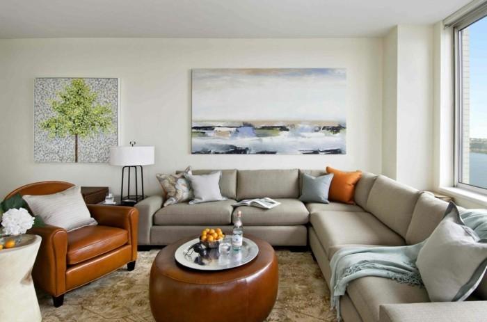 wohnzimmergestaltung ledermoebel schoener teppich coole wandbilder