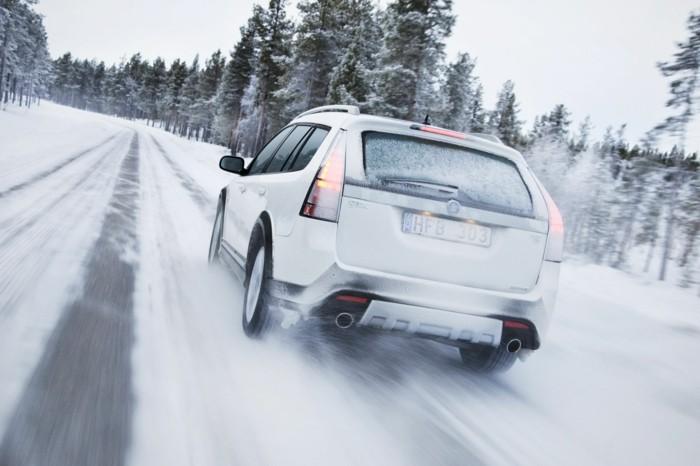 autopflege winterreifen autobatterie frostschutzmittel fahrzeugpflege