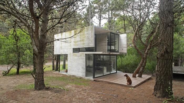 ferienhaus bauen beton gestaltung einrichtung bauideen betonbau ferienwohnung waldhuette