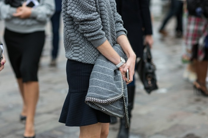 grauer pullover damenmode wintertrends strickpull wintermode trends