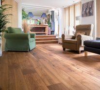 5 praktische Tricks zum Reinigen von Holzfußboden