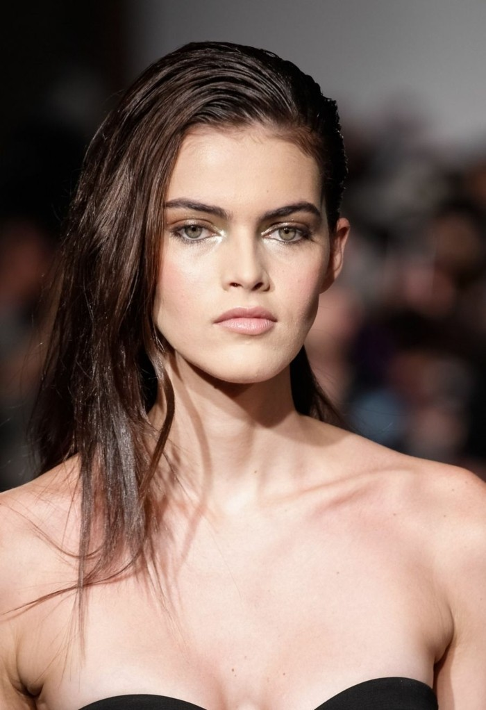 trendfrisuren damen 2017 wet look trend langes haar