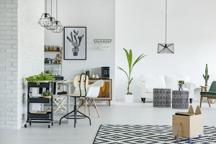 Wer filigrane Möbelstücke richtig einsetzt, kann einen Raum heller und freundlicher machen